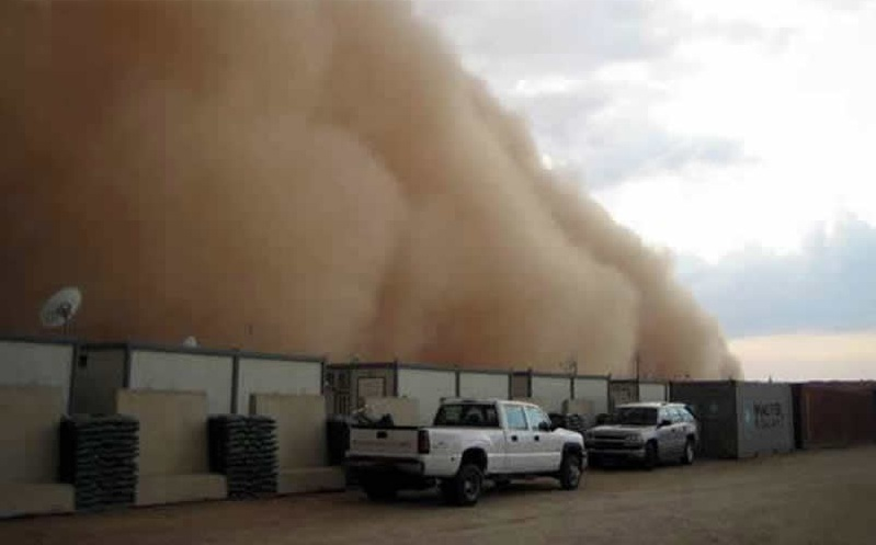 Iraq_Military_Base_Dust_Storm 001 (12).jpg